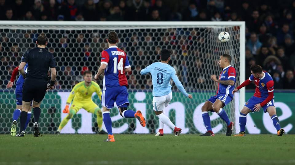 Basel ganha de virada, mas Manchester City se classifica na Champions League