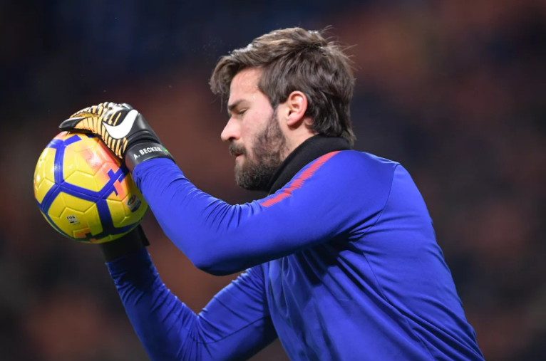 Mercado da bola: goleiro Alisson entra na mira do Real Madrid