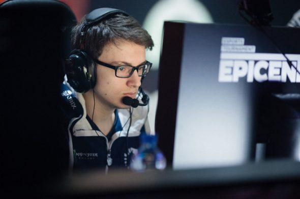 143255-games-feature-top-10-highest-earning-esports-players-in-the-world-image3-luzzyfnlpv-Miracle-Epicenter