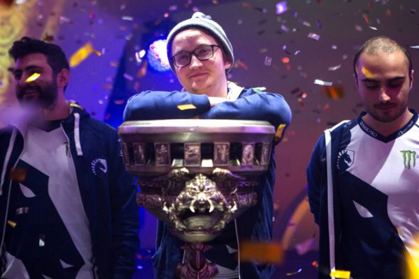143255-games-feature-top-10-highest-earning-esports-players-in-the-world-image6-t6dntcljs2-Matumbaman