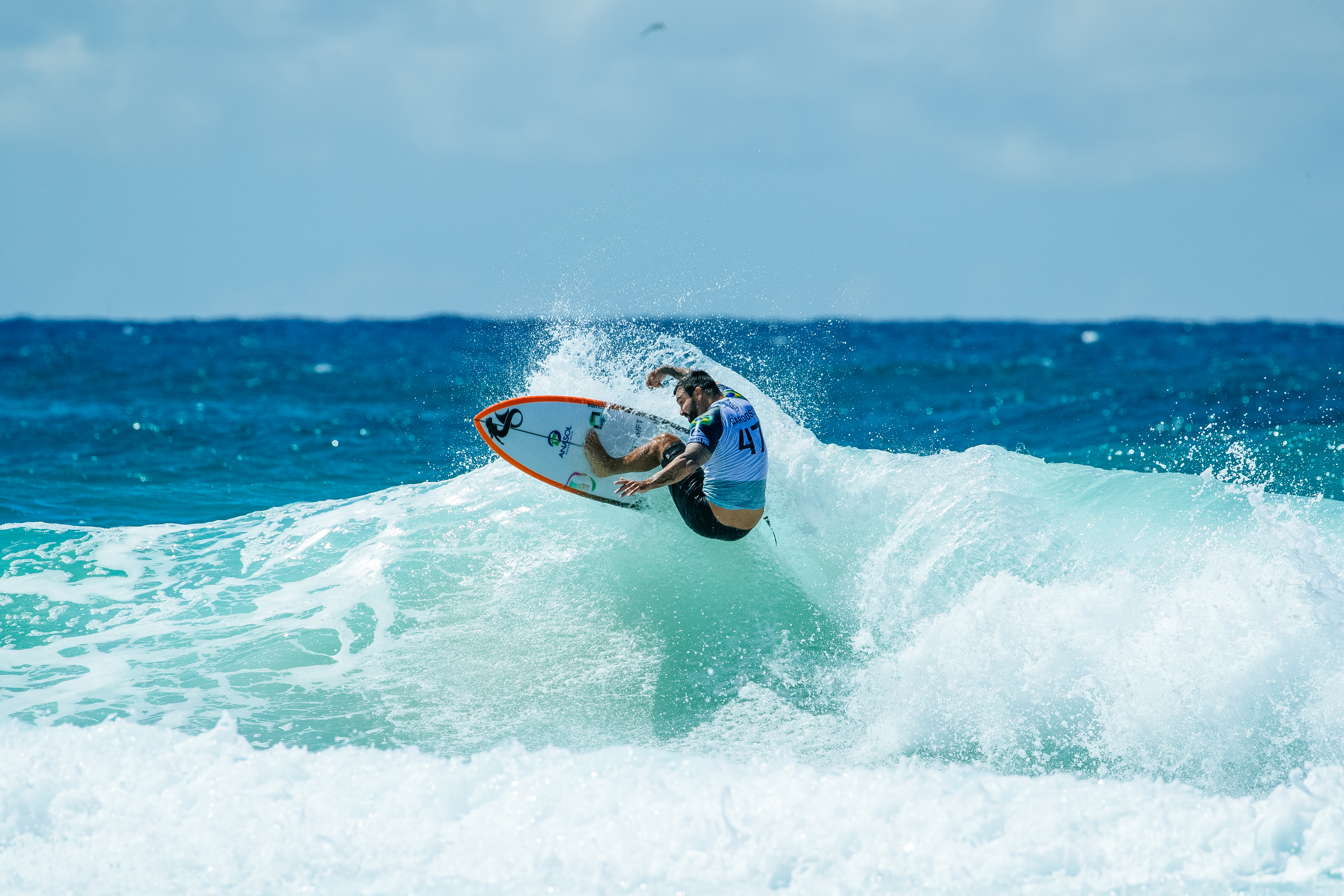 QUEENSLAND, AUSTRALIA - APRIL 5: Willian Cardoso of Brazil advances to Round 4 of the 2019 Quiksilver Pro Gold Coast after winning Heat 14 of Round 3 at Duranbah Beach on April 5, 2019 in Queensland, Australia. (Photo by Matt Dunbar/WSL via Getty Images)